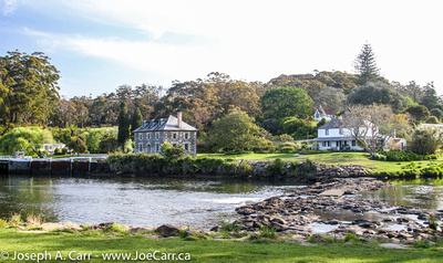 Old Stone Store and Kemp House across the Kerikeri River