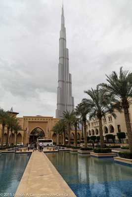 Burj Khalifa tower & the Palace Hotel pools courtyard