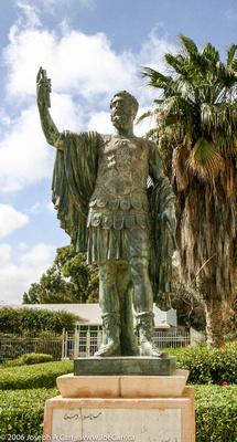 Bronze statue Septimus Severus, outside the Leptis Magna Museum