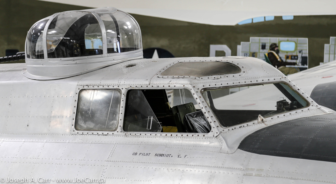 Cockpit and top gunner