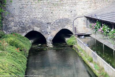 Roman wall and aquaduct