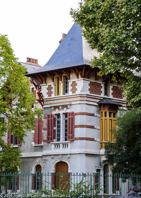 Historic building with a slate roof on Boulevard Maréchal Foch