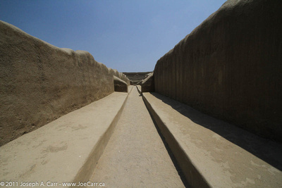 Walkways to Pozo Ceremonial