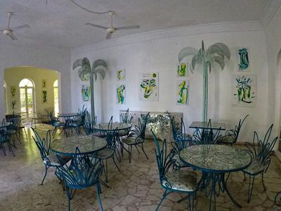 Hotel cafe