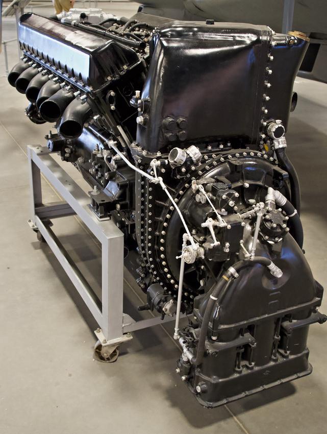 Rolls-Royce Griffon 65 engine