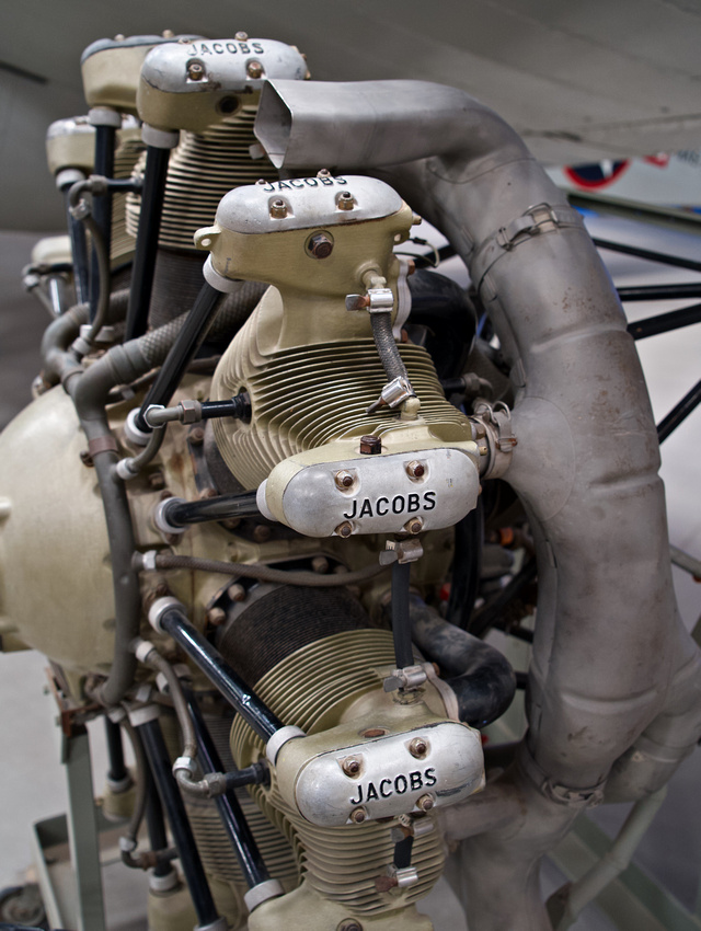 Jacobs J-755 Radial Engine, 1943