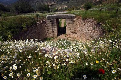Lion Tholos Tomb