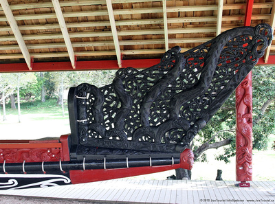 Stern decorations on the giant canoe Ngatokimatawhaorua