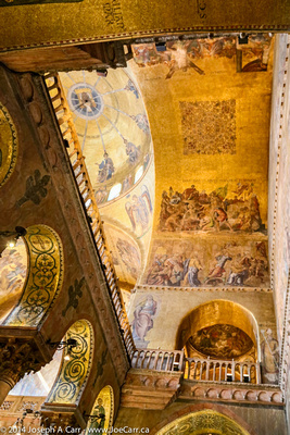 Gold decorated ceiling murals