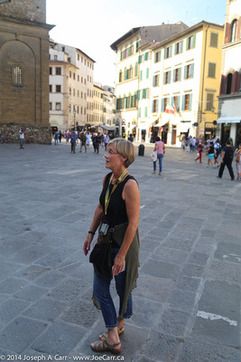 Jennifer talks to the group about the Renaissance in Florence