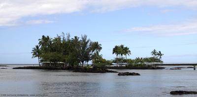 Coconut Island & causeway