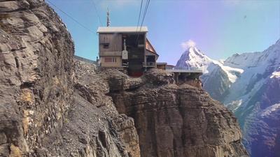 Gondola from Shilthorn downhill to Birg