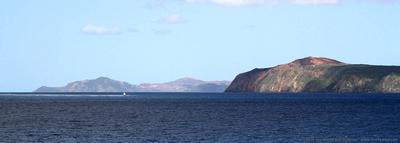 Lighthouse on SE shore of La Grande Terre