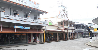 Downtown Suva street in front of Prouds